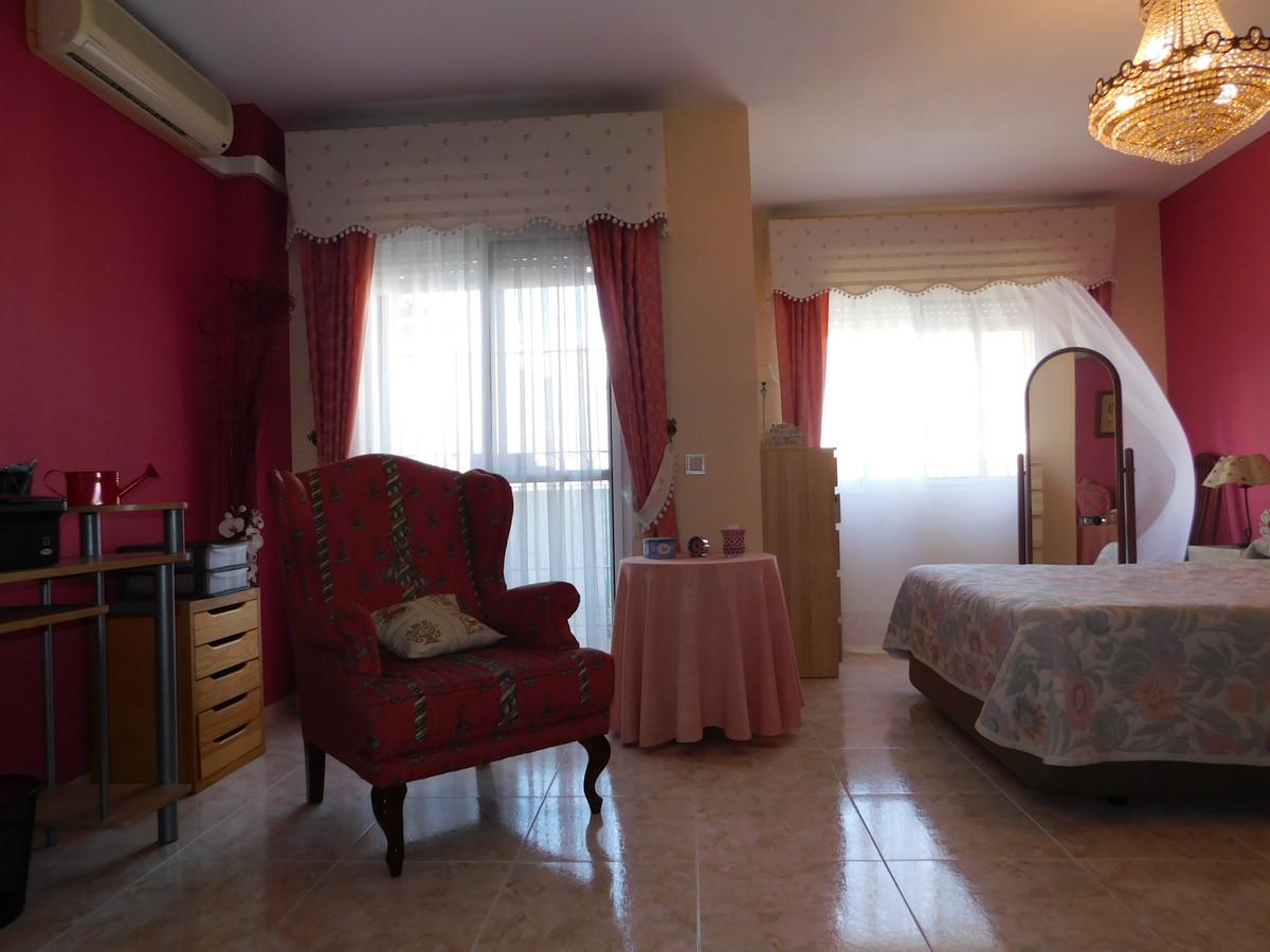 House in Alhaurín de la Torre R3202144 15