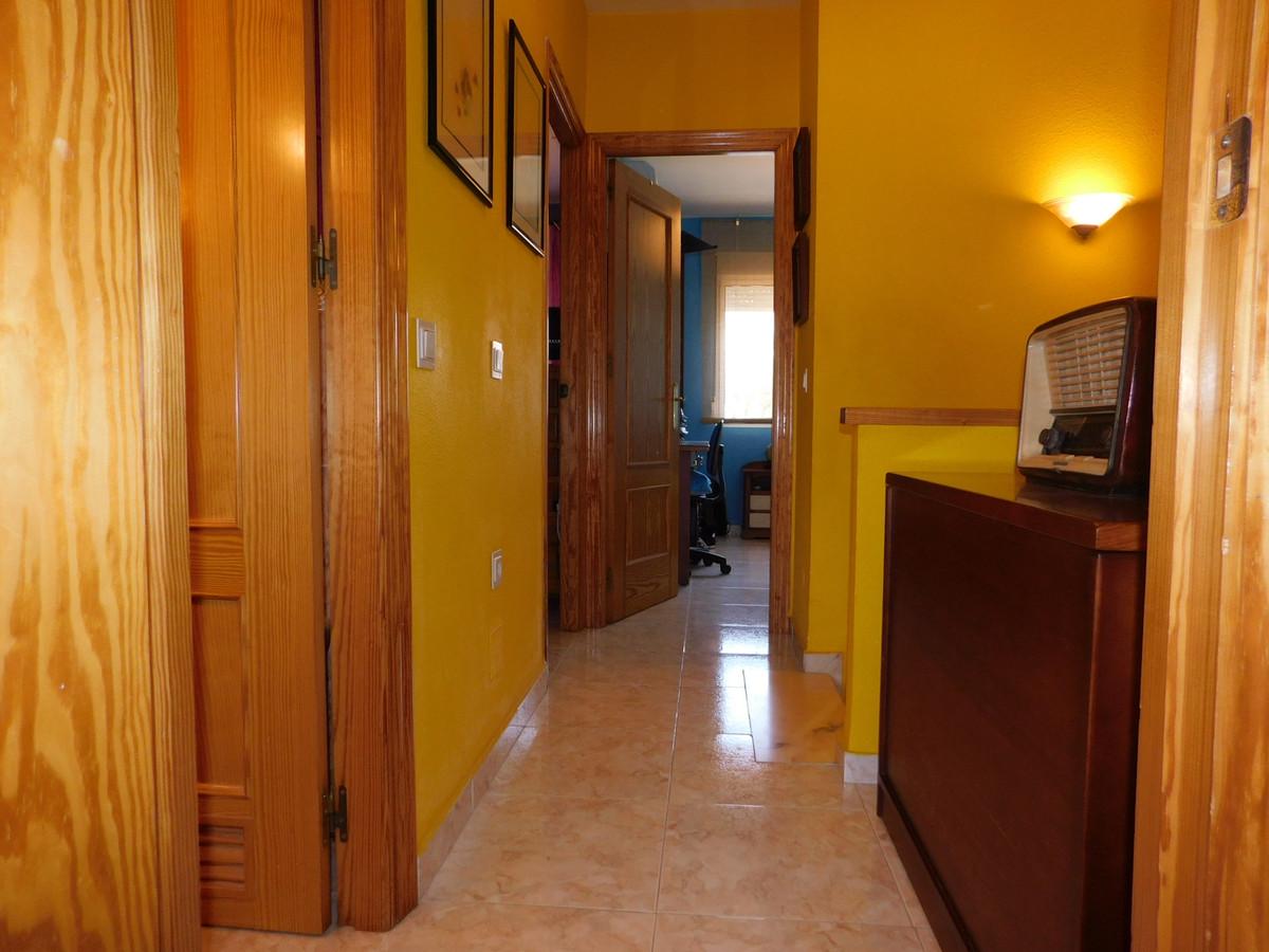 House in Alhaurín de la Torre R3202144 16