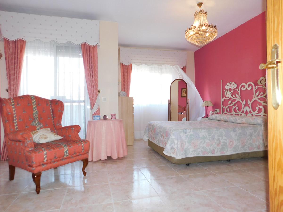 House in Alhaurín de la Torre R3202144 5