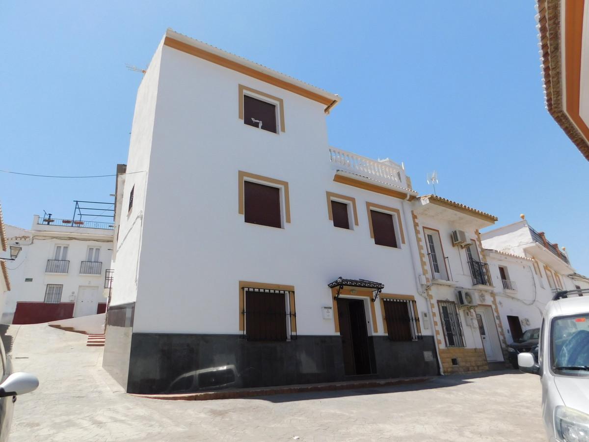 Maison Jumelée  Mitoyenne en vente   à Guaro