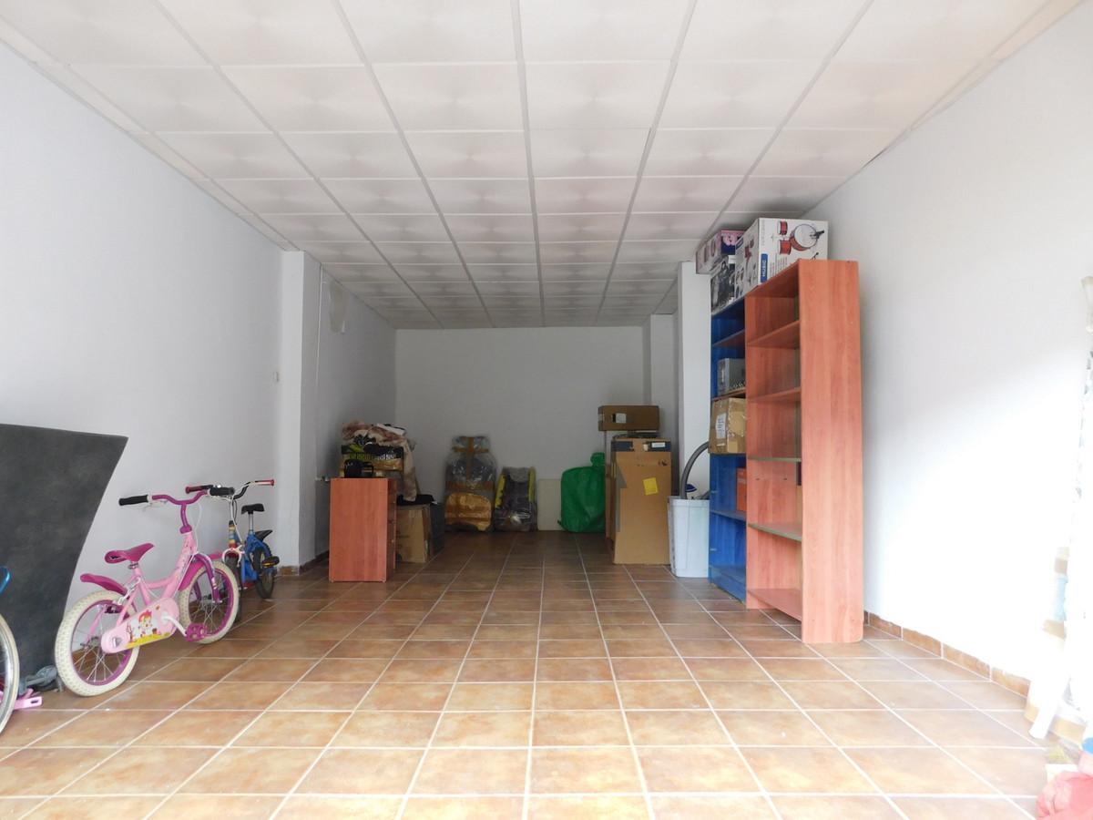 Comercial Negocio 0 Dormitorio(s) en Venta Málaga
