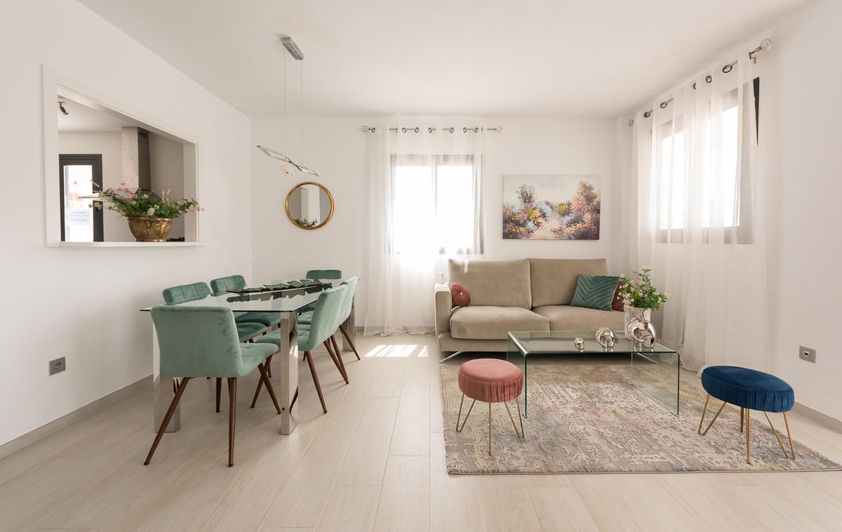 Apartment in Estepona R3397120 4