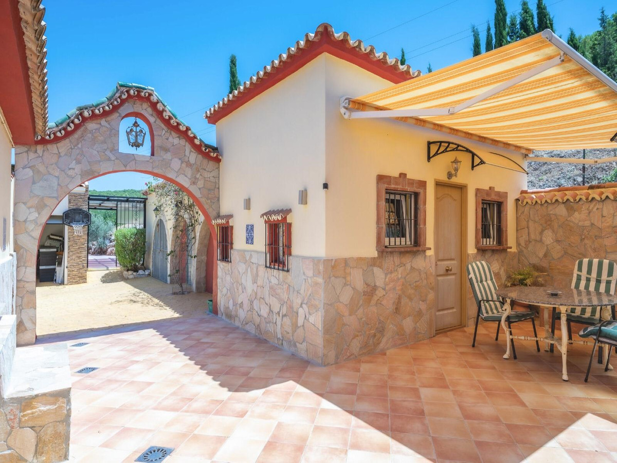 House in Alhaurín el Grande R3910810 7