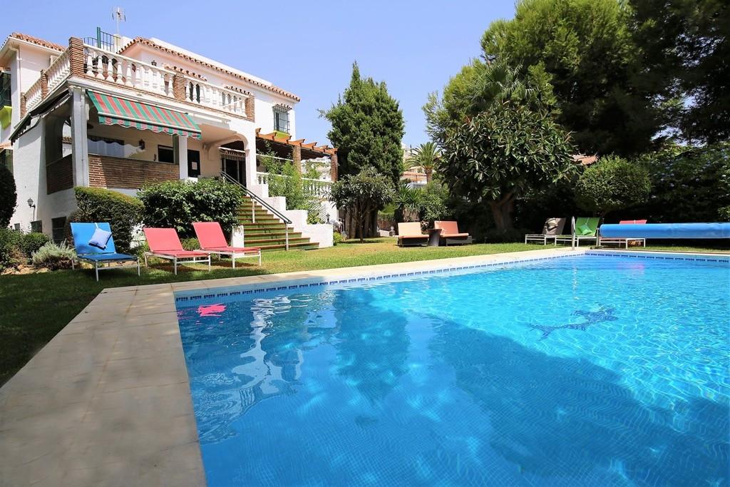 Detached Villa for rent in Riviera del Sol