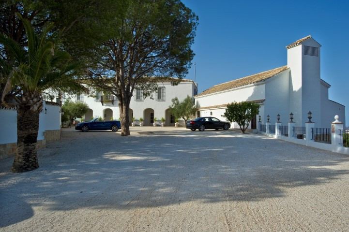 Villa 9 Dormitorios en Venta Fuengirola