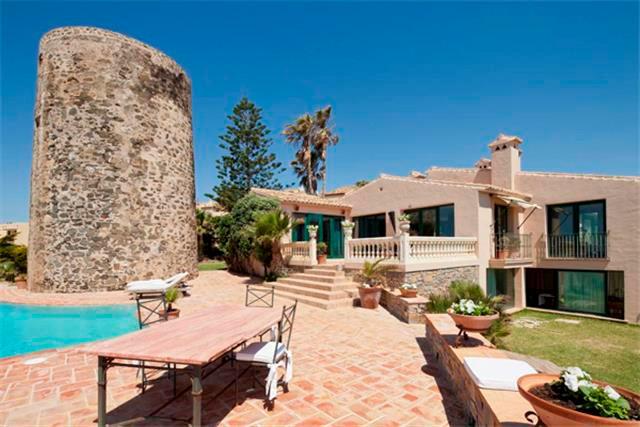 Detached Villa for rent in Mijas Costa