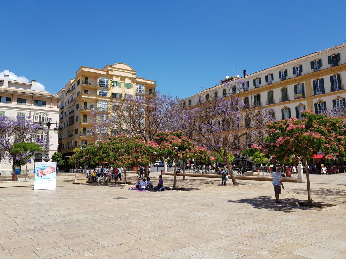Middle Floor Apartment for sale in Málaga Centro