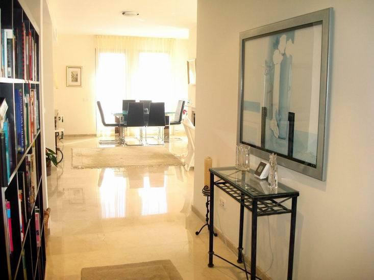 Apartment in Calahonda R13370 18