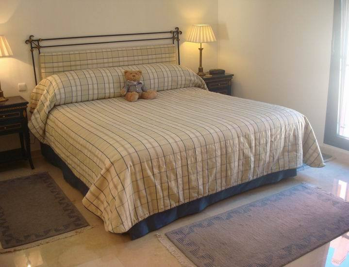 Apartment in Calahonda R13370 24