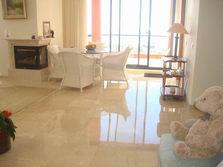 Apartment in Calahonda R13370 6