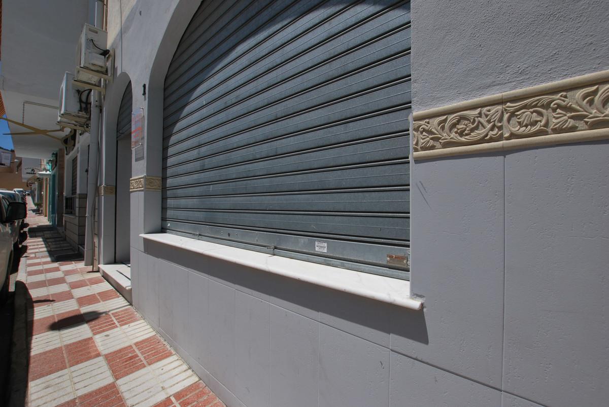 Commercial in Alhaurín el Grande