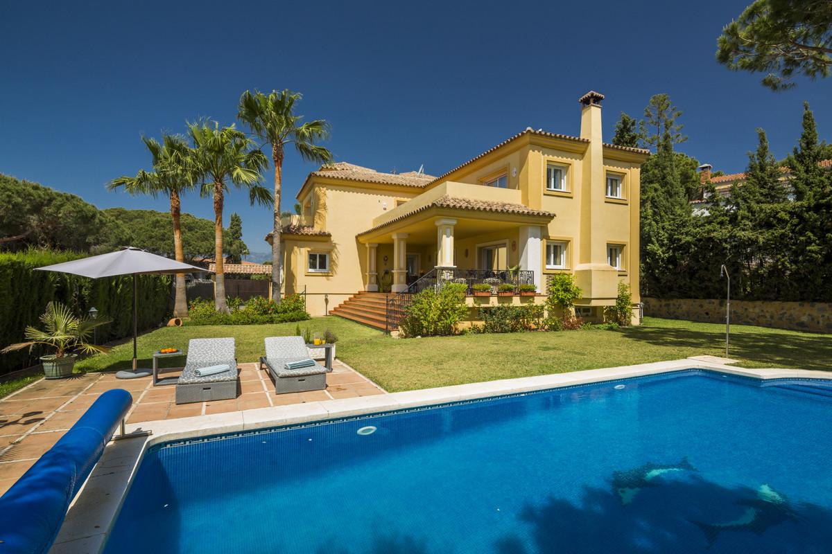 Villa zu verkaufen in Elviria R3437890
