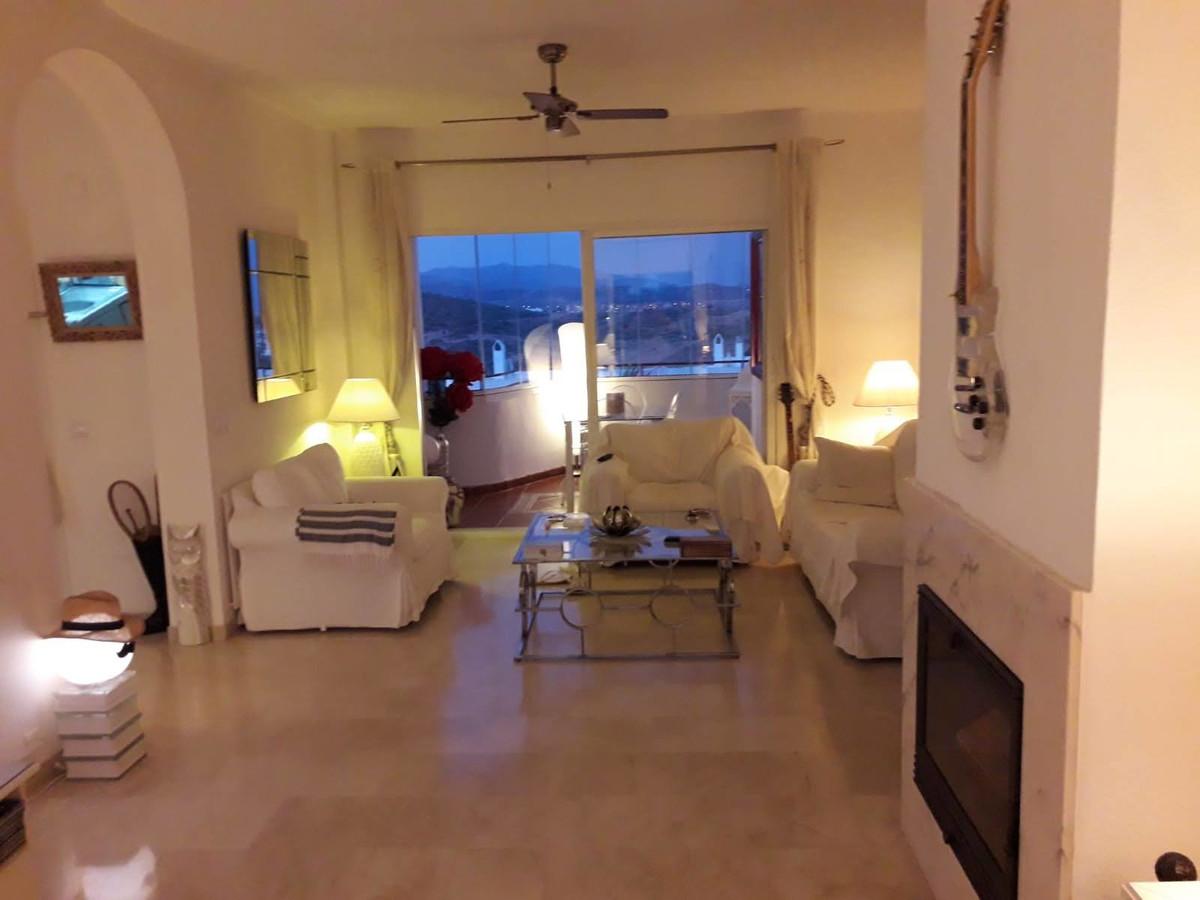 Apartment Middle Floor Estepona Málaga Costa del Sol R3712250