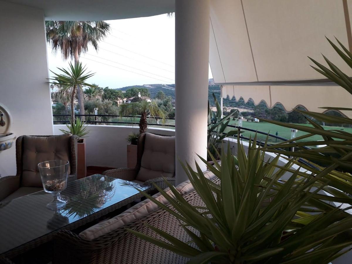 Apartment Middle Floor Estepona Málaga Costa del Sol R3712250 2