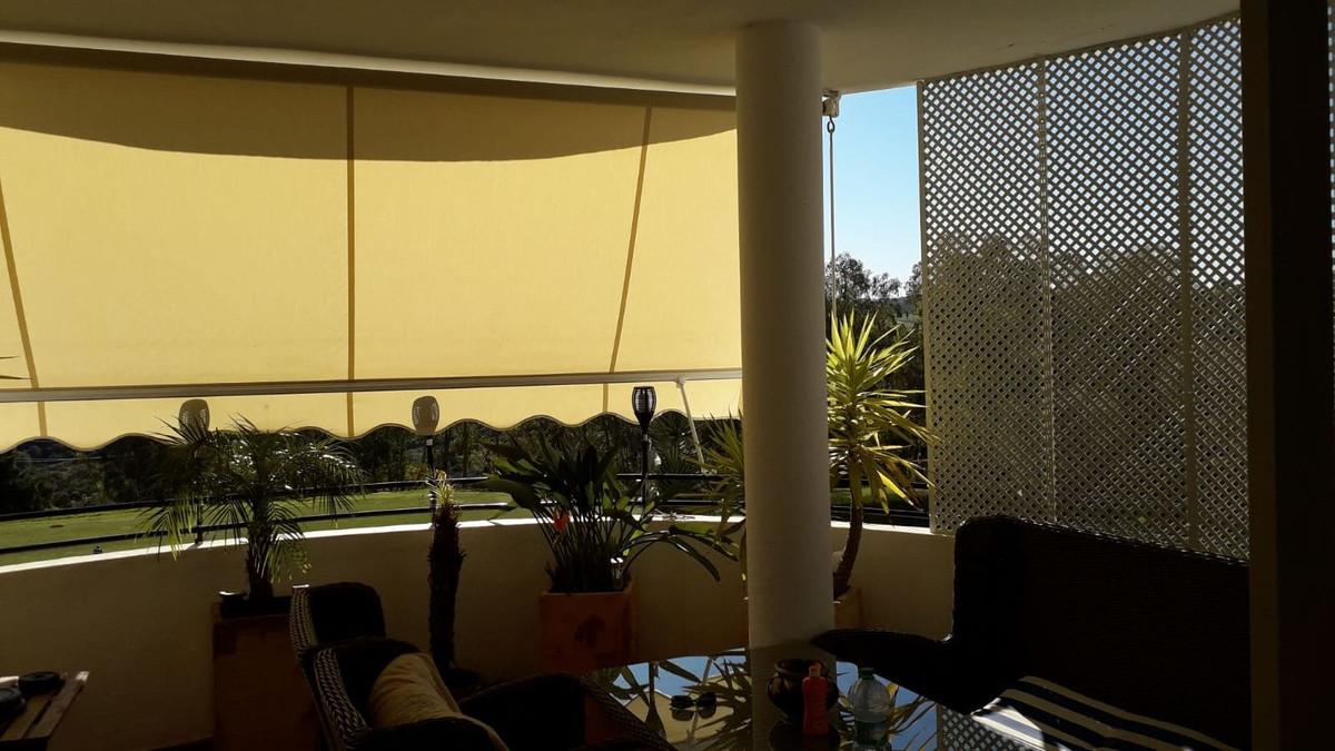 Apartment Middle Floor Estepona Málaga Costa del Sol R3712250 4