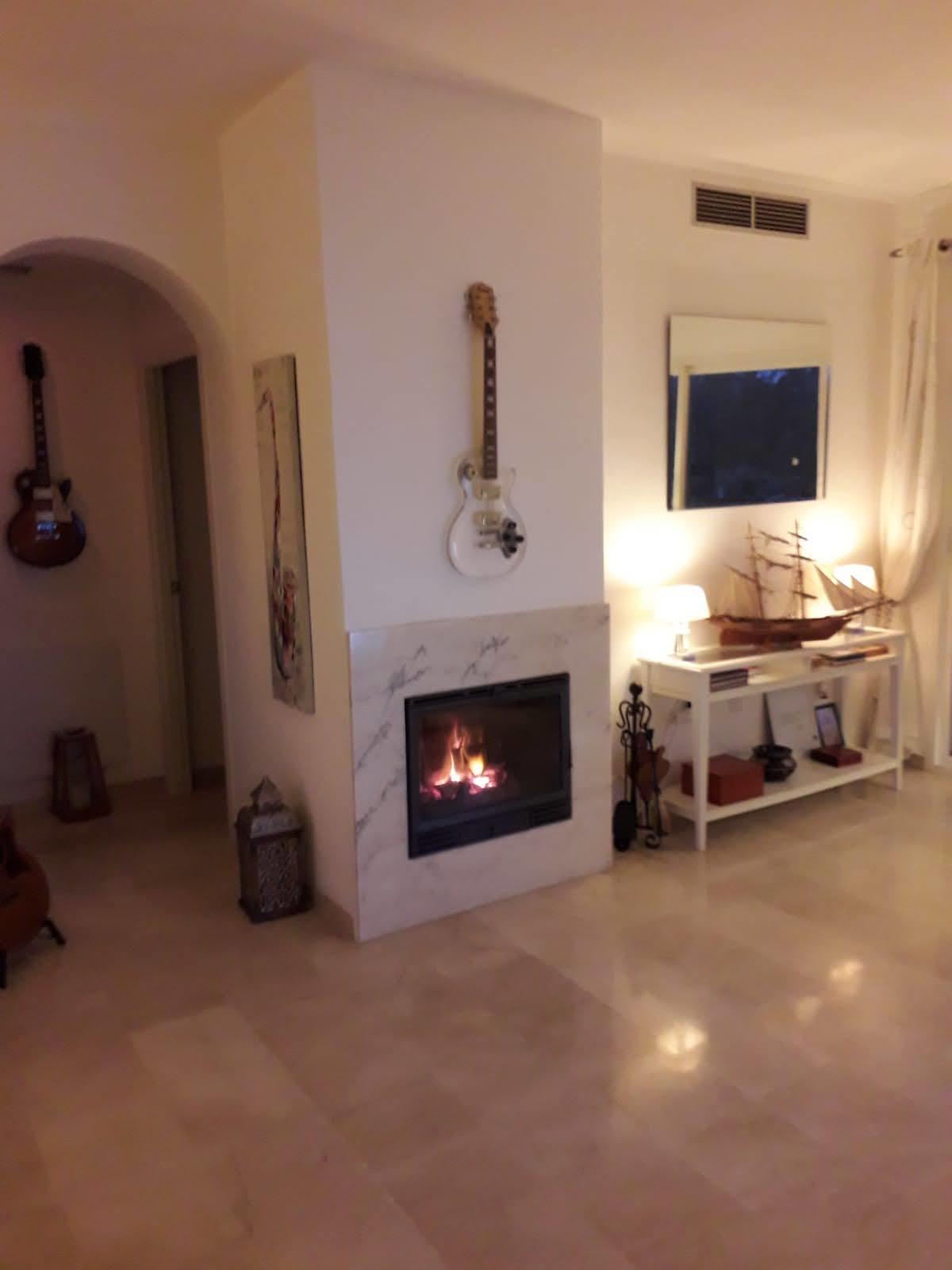 Apartment Middle Floor Estepona Málaga Costa del Sol R3712250 7