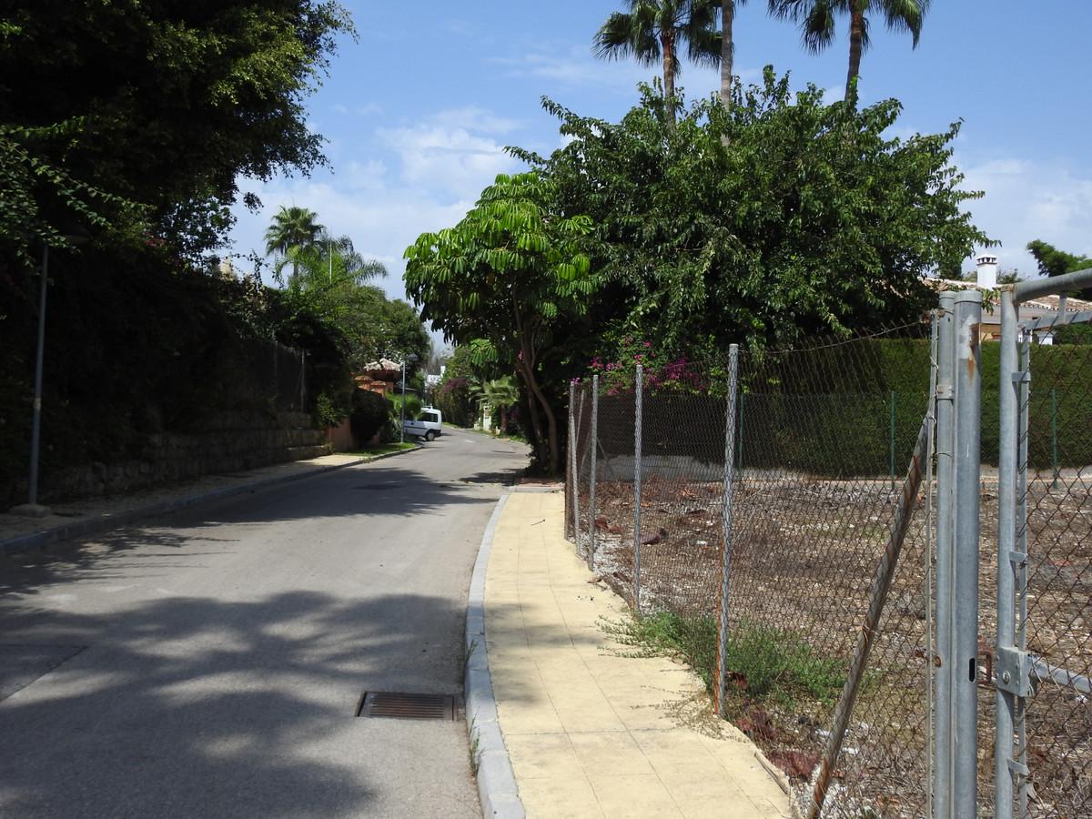 Plot/Land for sale in Guadalmina Baja