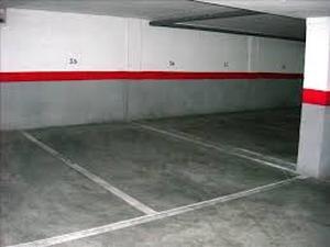 Garage for sale in Nueva Andalucía