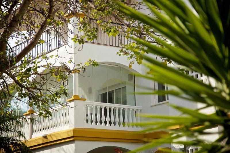 Comercial con 0 Dormitorios en Venta Nueva Andalucía