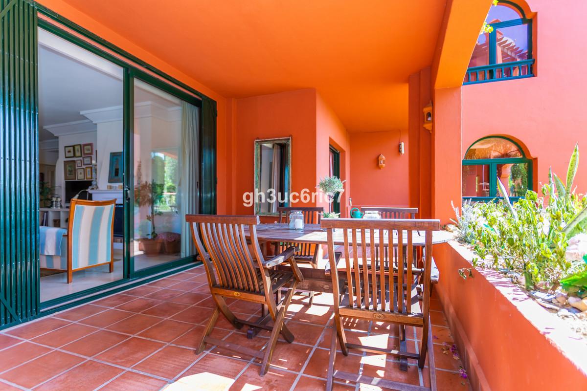 Apartamento Planta Baja en Calahonda, Costa del Sol
