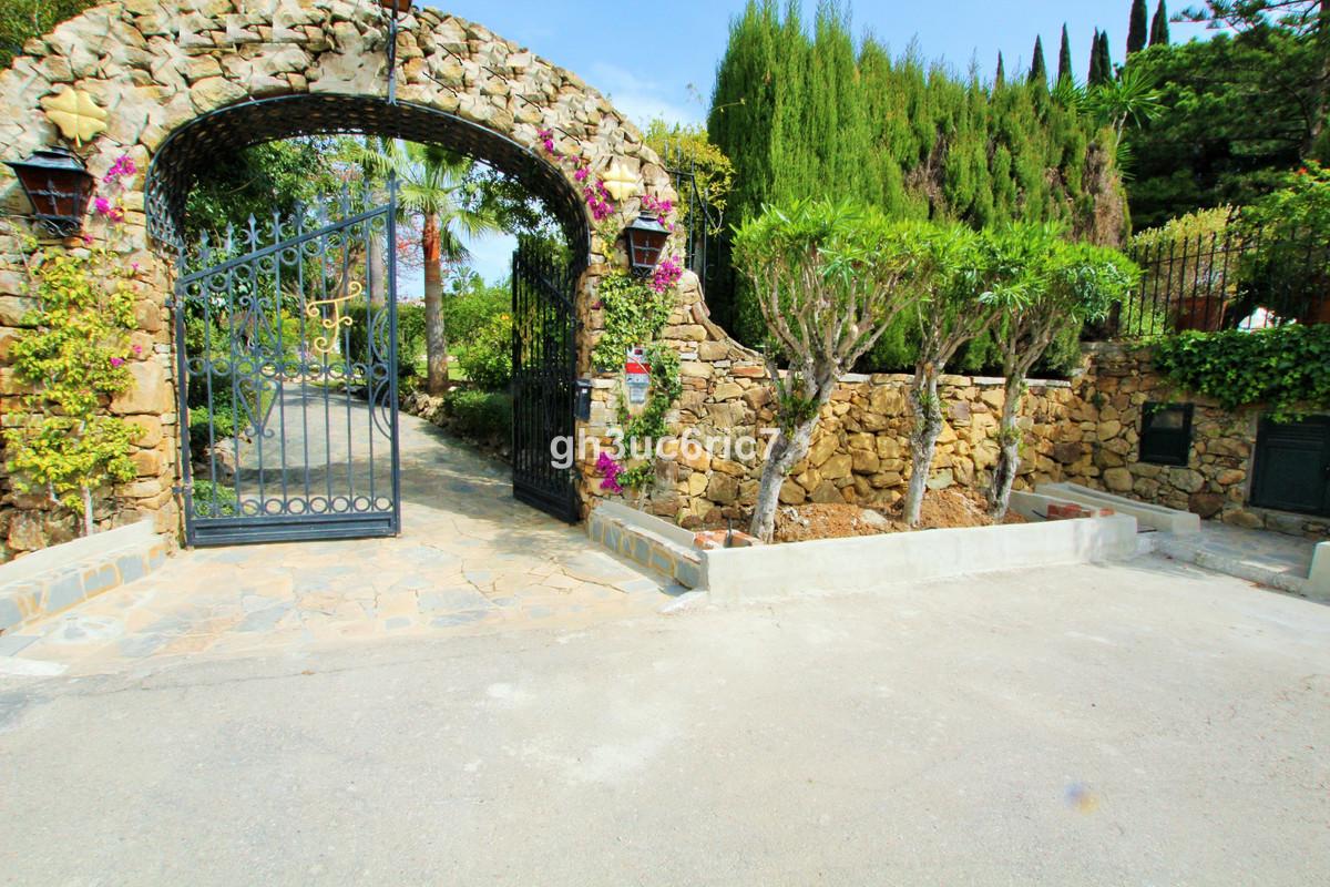 Residential Plot in Atalaya R3390613
