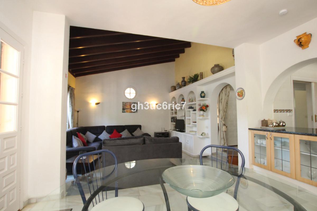 5 Dormitorio Villa en venta Calahonda