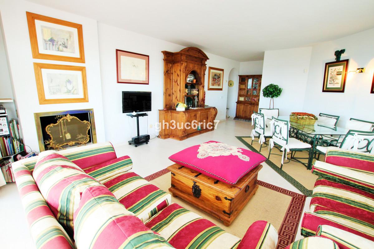 R3295735: Apartment for sale in Calahonda