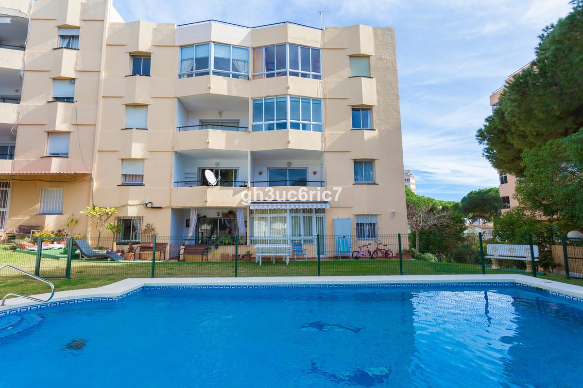 Apartamento Planta Media en Calypso, Costa del Sol