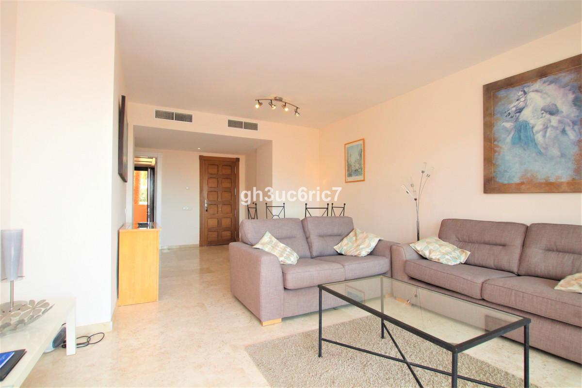 R3503674 Apartment Calahonda, Málaga, Costa del Sol