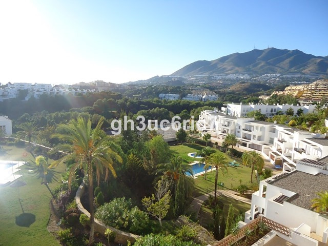 Spacious South facing duplex penthouse in a luxury resort of Torrequebrada. The property has been re,Spain