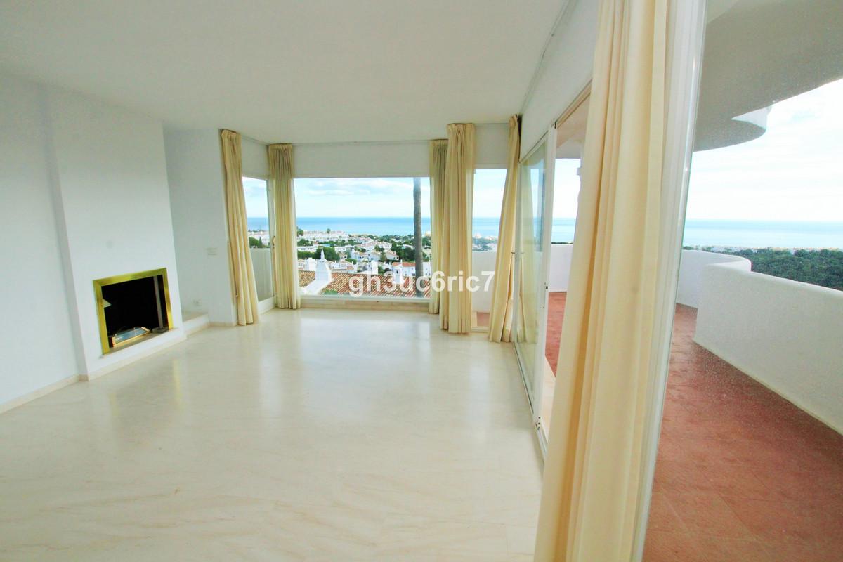Ground Floor Apartment for sale in Calahonda