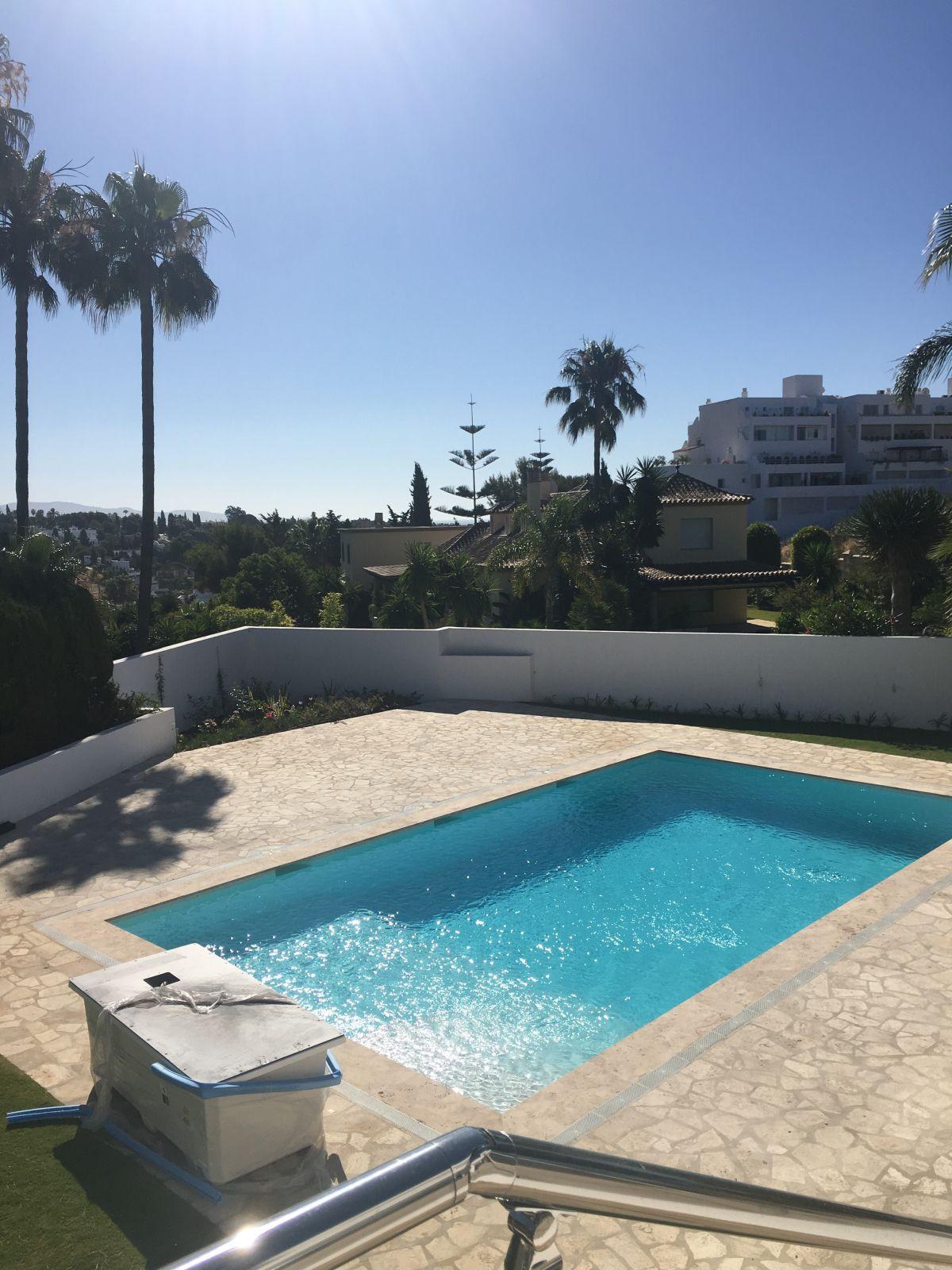 Villa · Nueva Andalucía