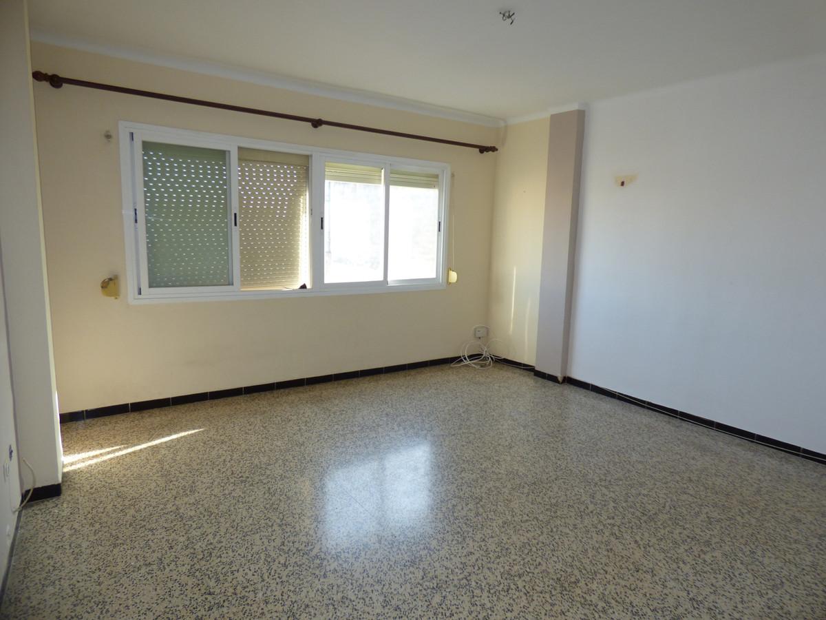 Middle Floor Apartment, Palma de Mallorca, Mallorca. 4 Bedrooms, 2 Bathrooms, Built 95 m².  Setting ,Spain