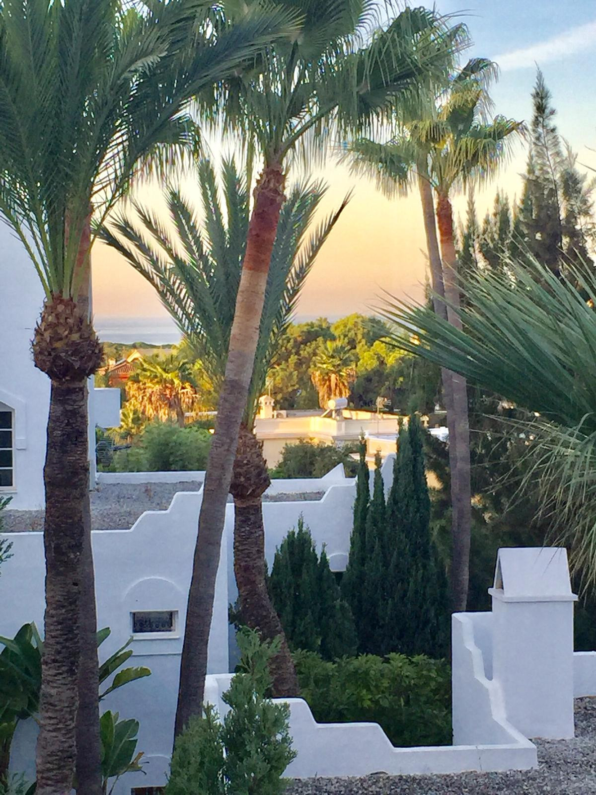 Middle Floor Apartment for sale in Marbella R3540745