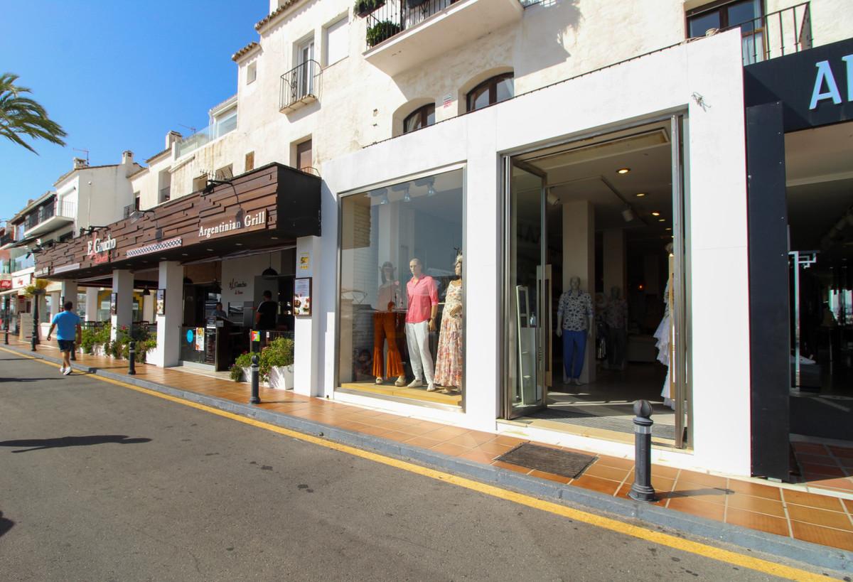 Commercial, Shop  for sale   and for rent    en Puerto Banús