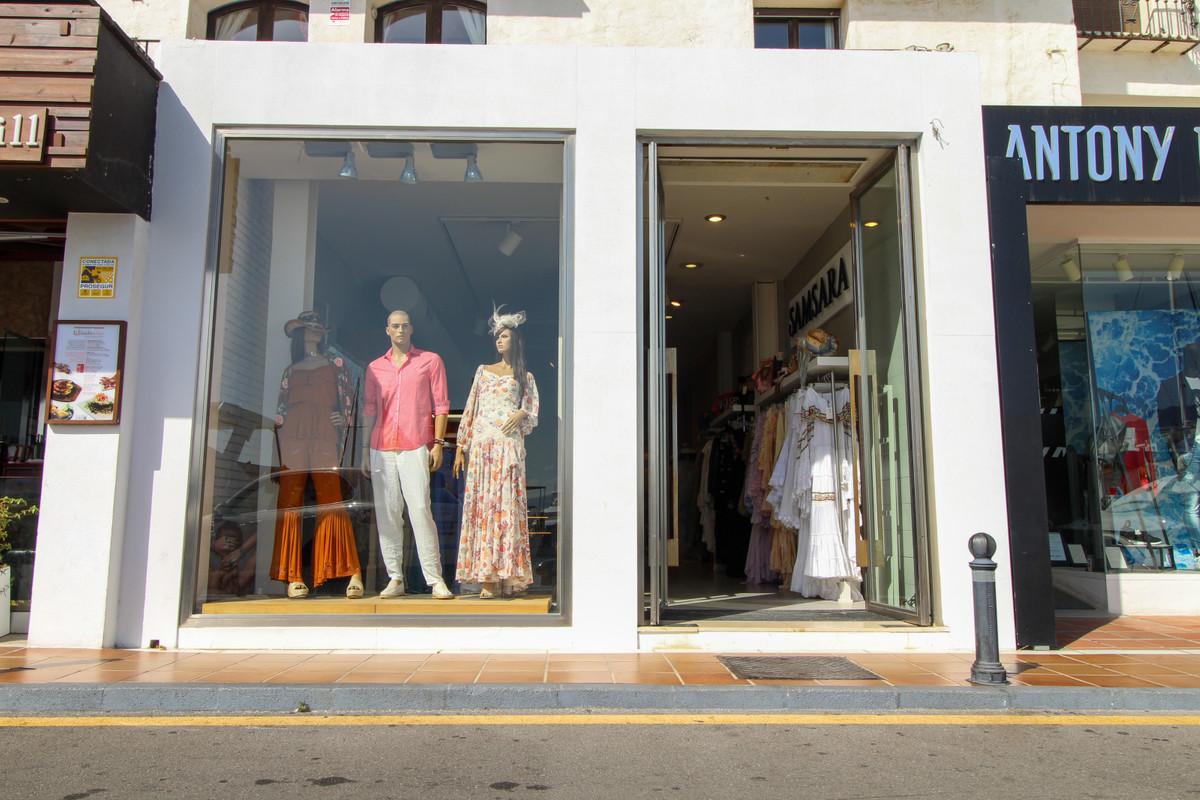 Commercieel te koop in Puerto Banús R3507772