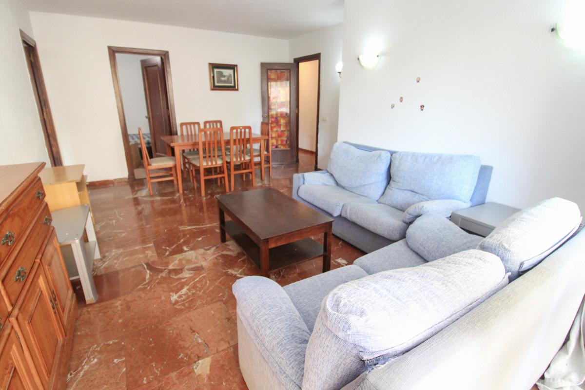 Lägenhet på mellanplan i Marbella R3328108
