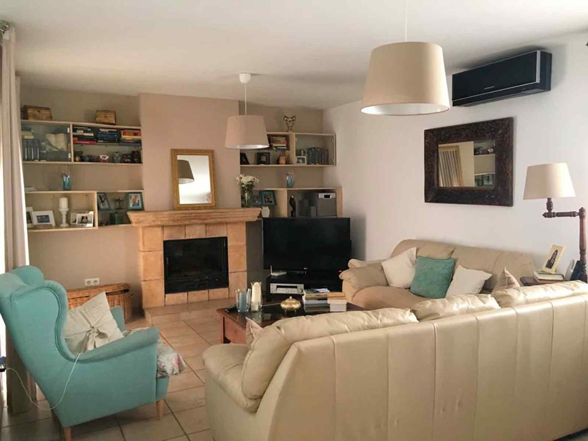 Hus in Algeciras R3432418 12