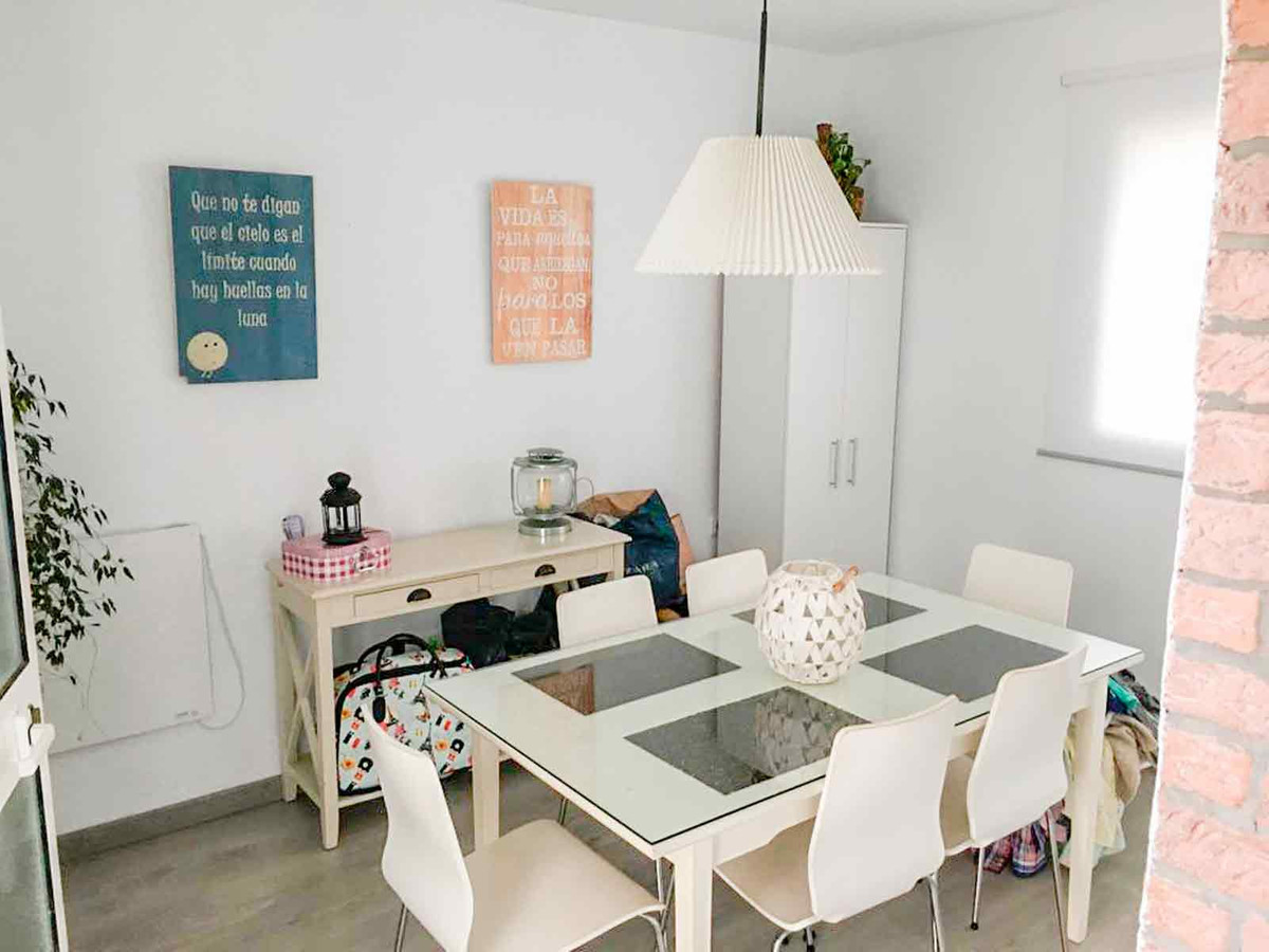 Hus in Algeciras R3432418 2