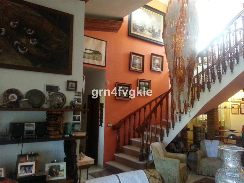 4 Bedroom Villa for sale Sierrezuela