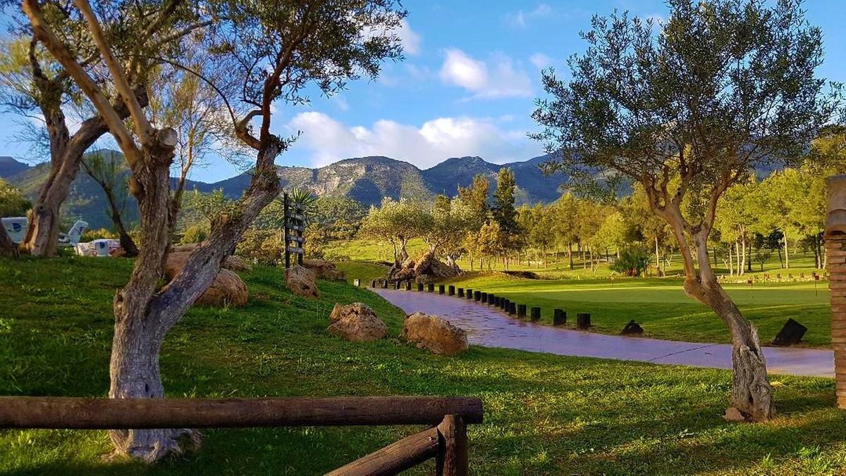 Townhouse, Lauro Golf, Costa del Sol. 4 Bedrooms, 2 Bathrooms, Built 225 m², Garden/Plot 200 m². If ,Spain