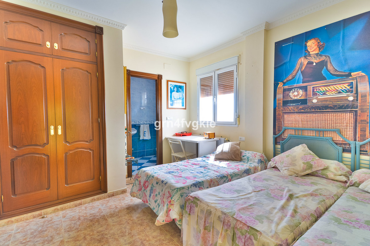 House en Almogía R3328885 15