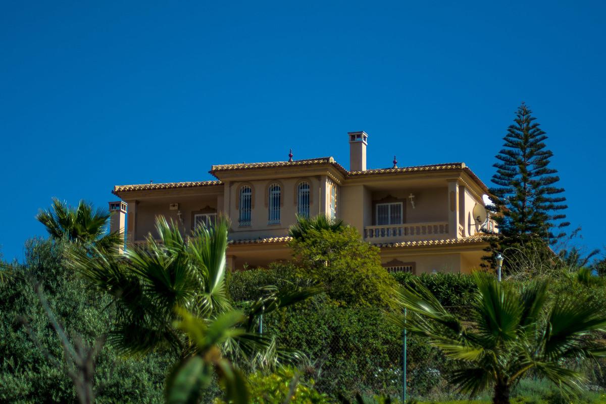 House in Almogía R3328885 16