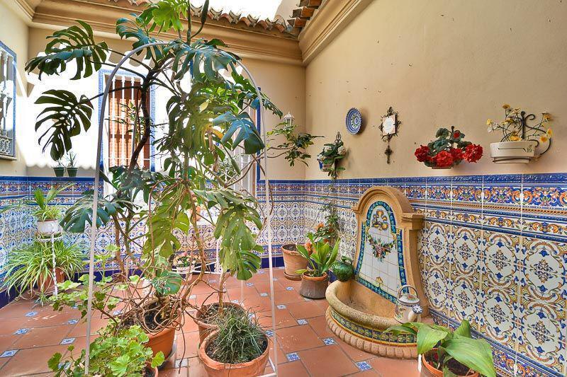 House in Almogía R3328885 3