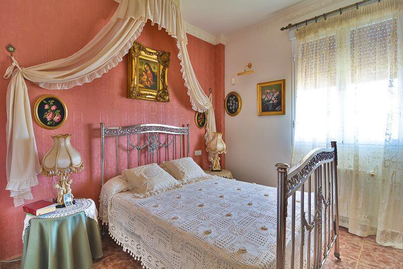 House in Almogía R3328885 5