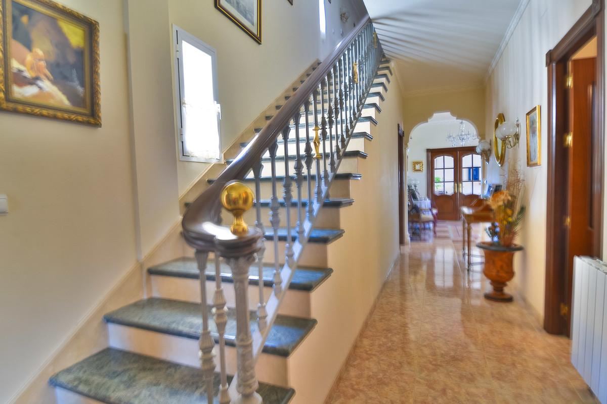 House en Almogía R3328885 9