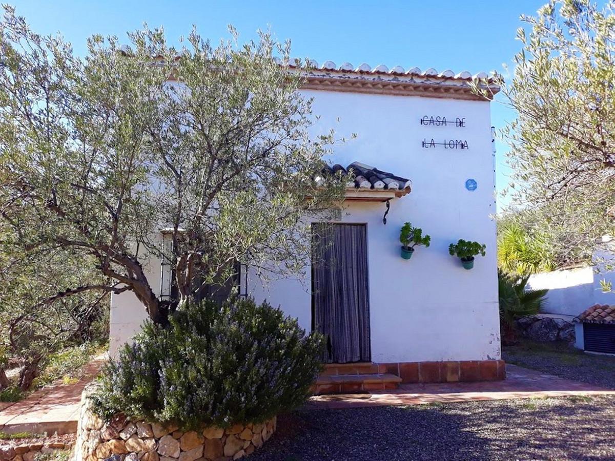 Finca - Cortijo, Casarabonela, Costa del Sol. 2 Bedrooms, 2 Bathrooms, Built 89 m², Garden/Plot 3400,Spain