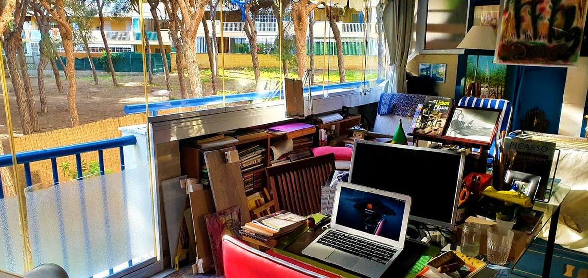 Apartment Middle Floor Calahonda Málaga Costa del Sol R3584821