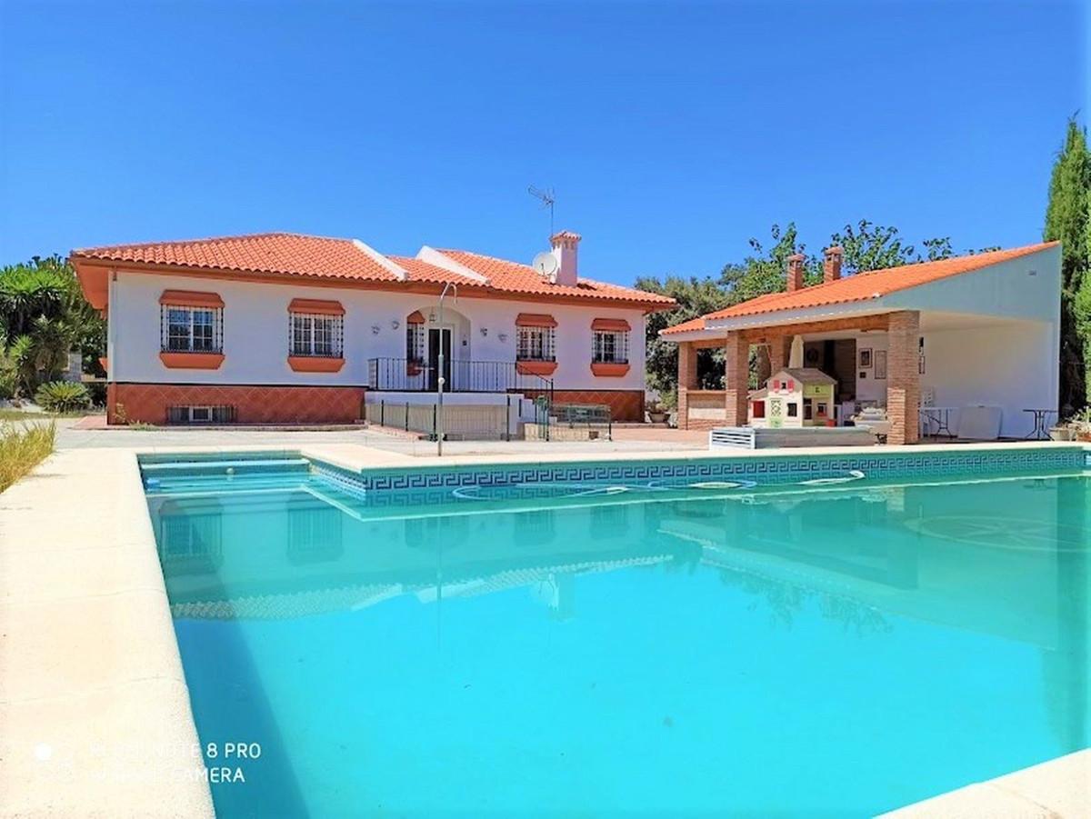 House in Alhaurín de la Torre R3675173 1