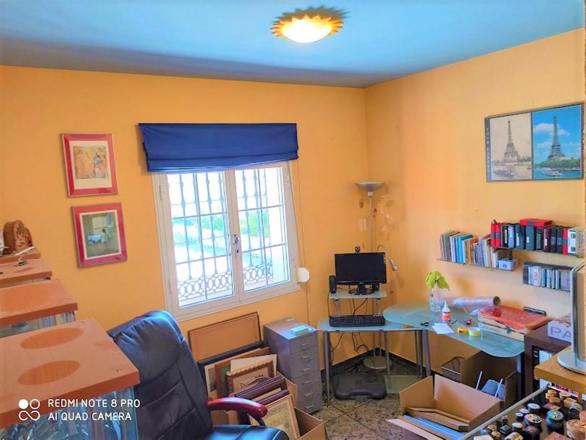 House in Alhaurín de la Torre R3675173 19